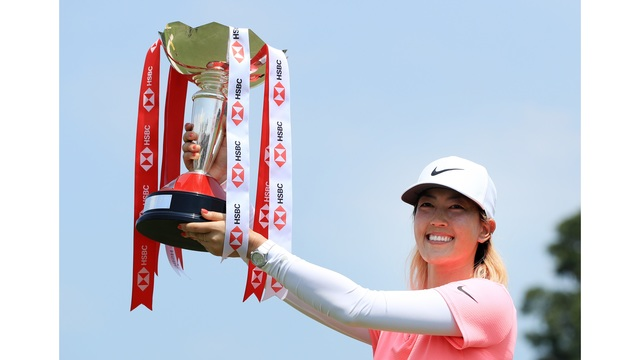 Honolulu's Michelle Wie victorious with incredible finish in Singapore