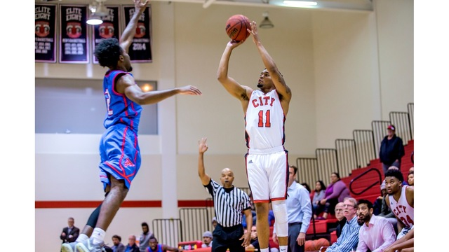 'Bows Basketball Signs Junior College three point specialist