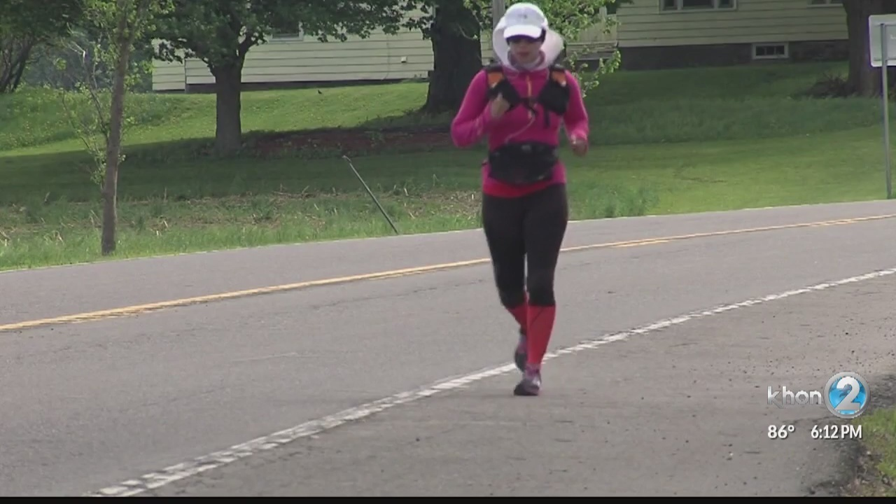 author cancer survivor runs the perimeter of oahu in her goal to