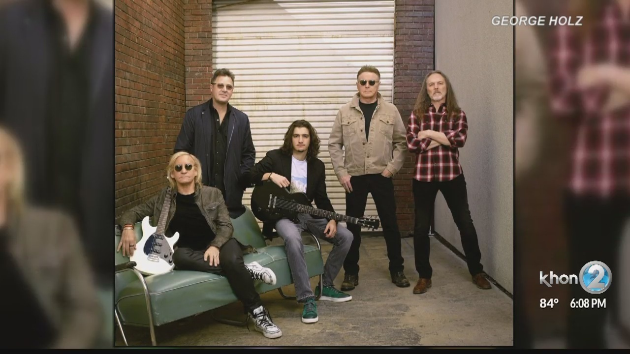 The Eagles From Left Vince Gill Timothy B Schmit Don Henley Deacon Frey Son Of Late Glenn Joe Walsh And Steuart Smith Perform Wednesday