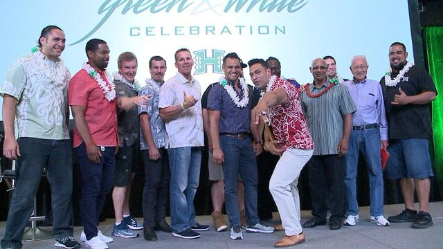 green white celebration honors uh circle of honor class of 2018