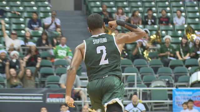 'Bows guard Stepteau selected as BWC Player of the Week